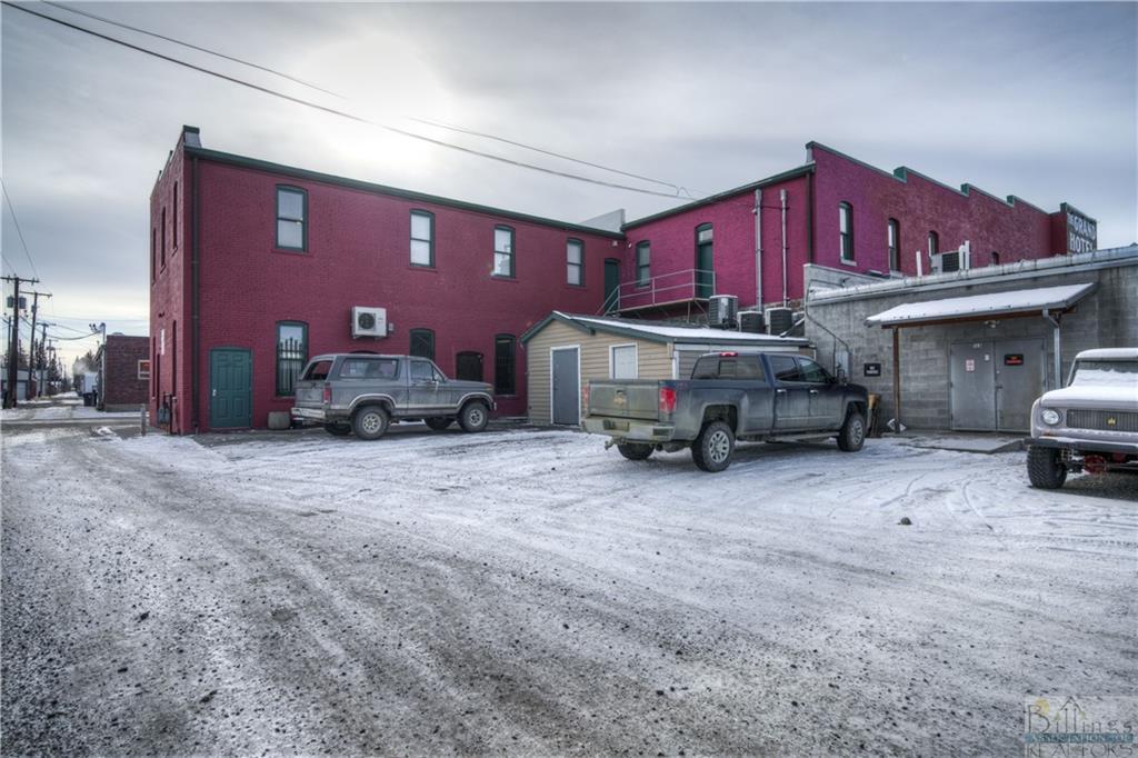139  McLeod St.