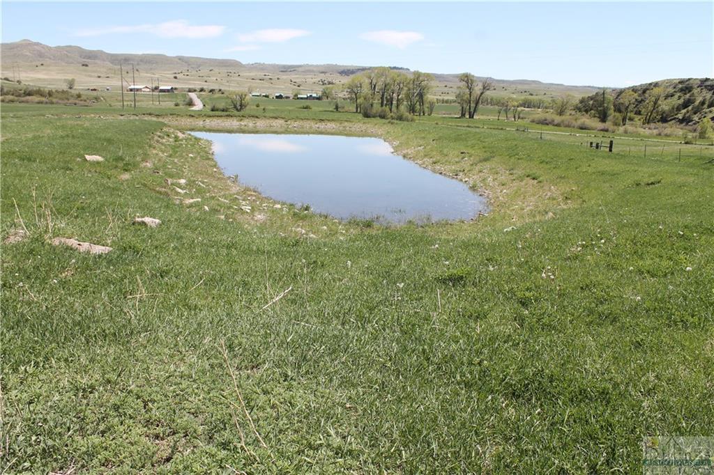 876  Lower Sweet Grass Rd