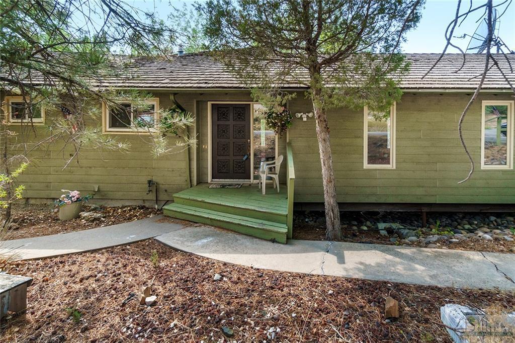 834  Edgehill Vista Road