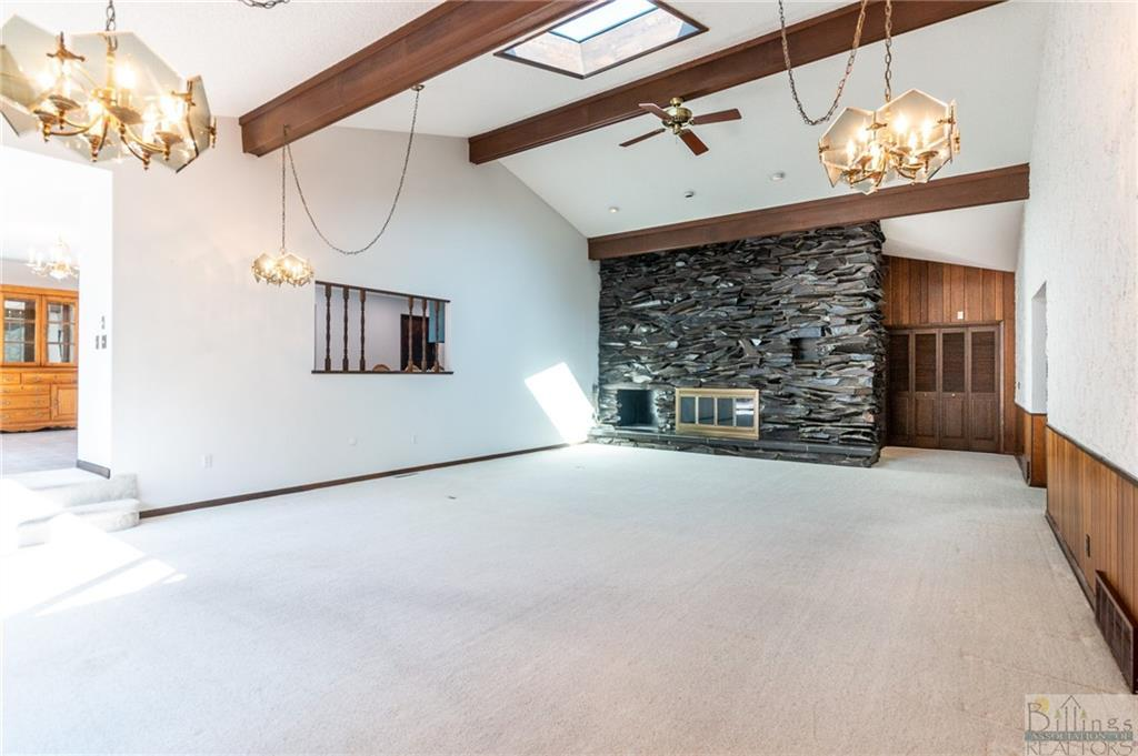 2706  Country Lane