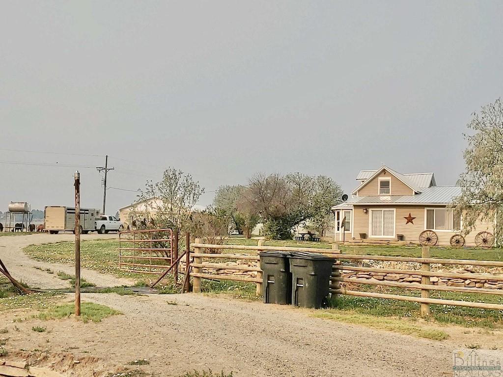 637  Melstone-Custer